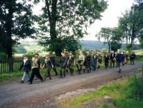 1998.06.29-07.18 - Bronkowice, oboz SZDH-y - powrót z Kościoła